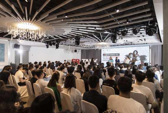 SR Fashion Business Talk Ep6: How fashion photography makes your brand stand out – Xây dựng hình ảnh định vị thương hiệu