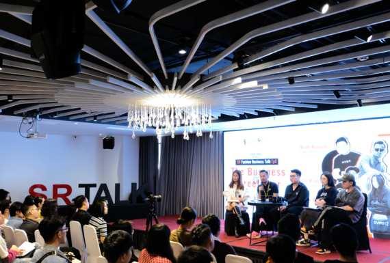 Văn hóa streetwear Việt là gì? Gen-Z Việt là ai? Làm thế nào để xây dựng một thương hiệu thời trang đường phố thành công?