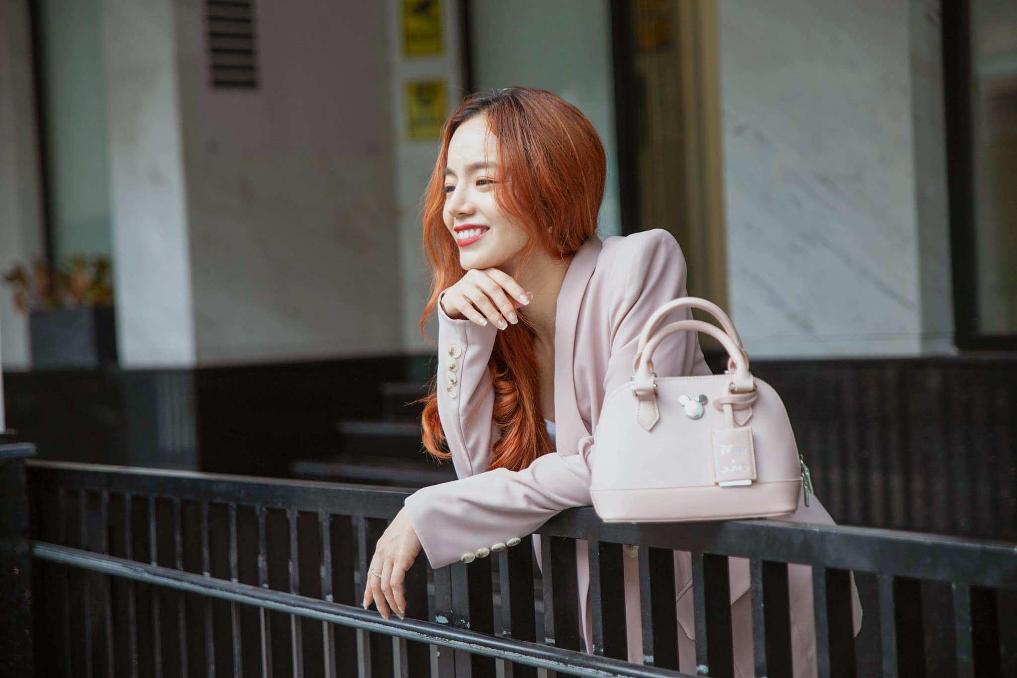 Emmi Hoàng