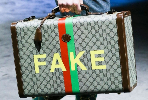 túi Gucci FAKE NOT